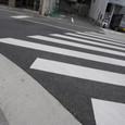 曲がり角横断歩道ライン切れる