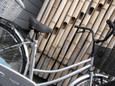 正面自転車竹の塀