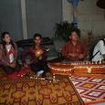 03 カンボジアのトラディショナルを演奏する人たち